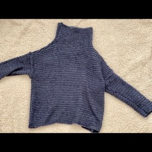 AE Navy Knit Sweater (sort of crop)